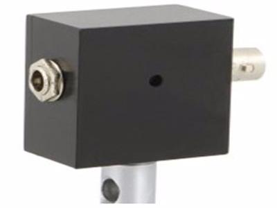高速自由空间光电探测器